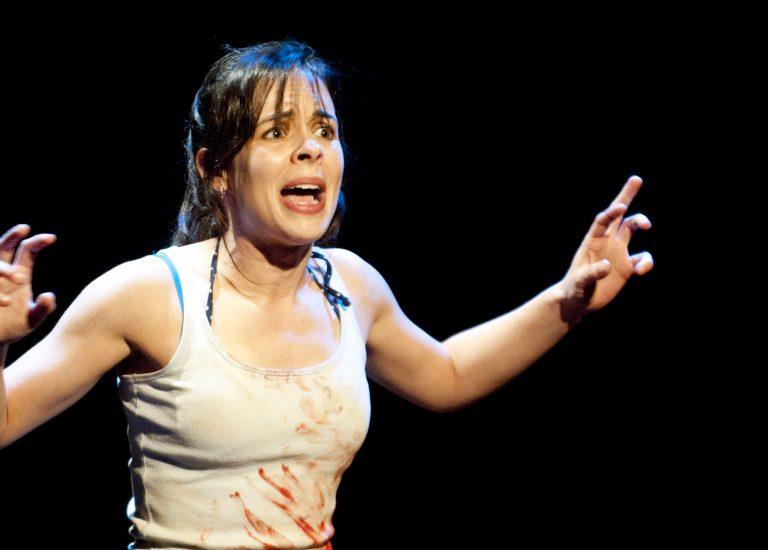©Zoé Pouliot Masse | Villes mortes, Abat-jout théâtre | 2010